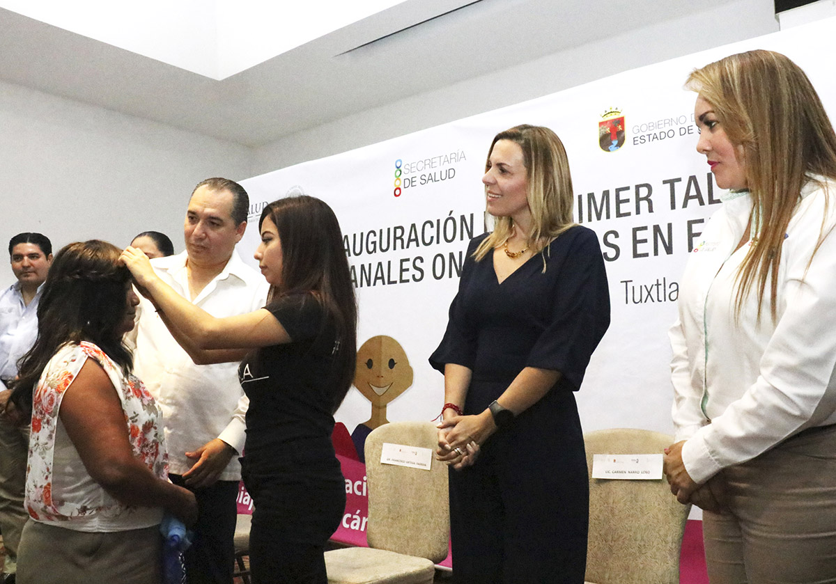 Inauguración taller de pelucas