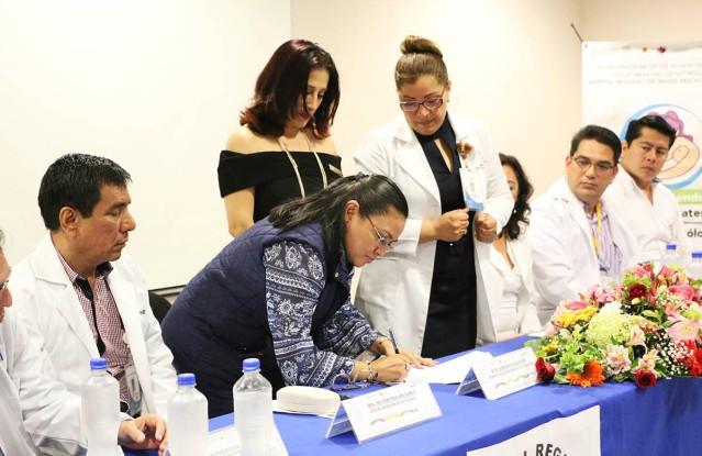 07. Firma convenio Colegio de Nutriólogos