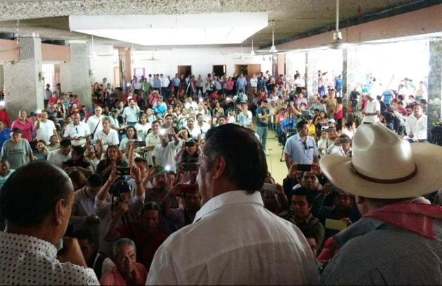 EL BRONCO EN TAPACHULA