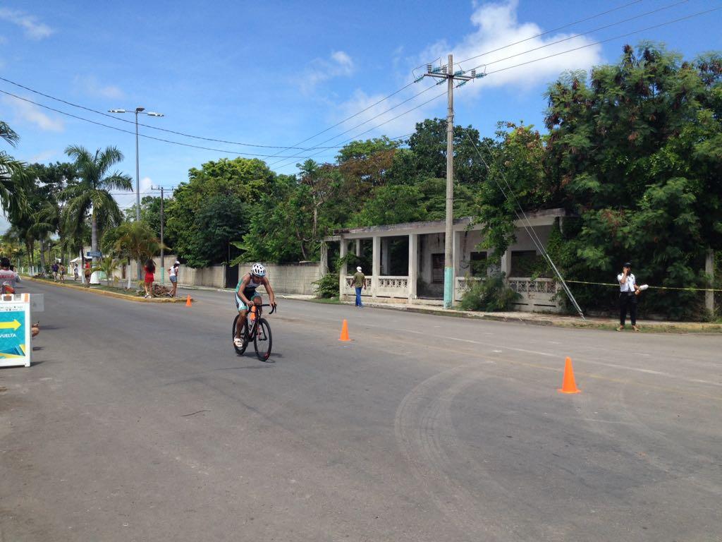 Chiapas concluye participacion de triatlon en la OyNJ 2018 (2)