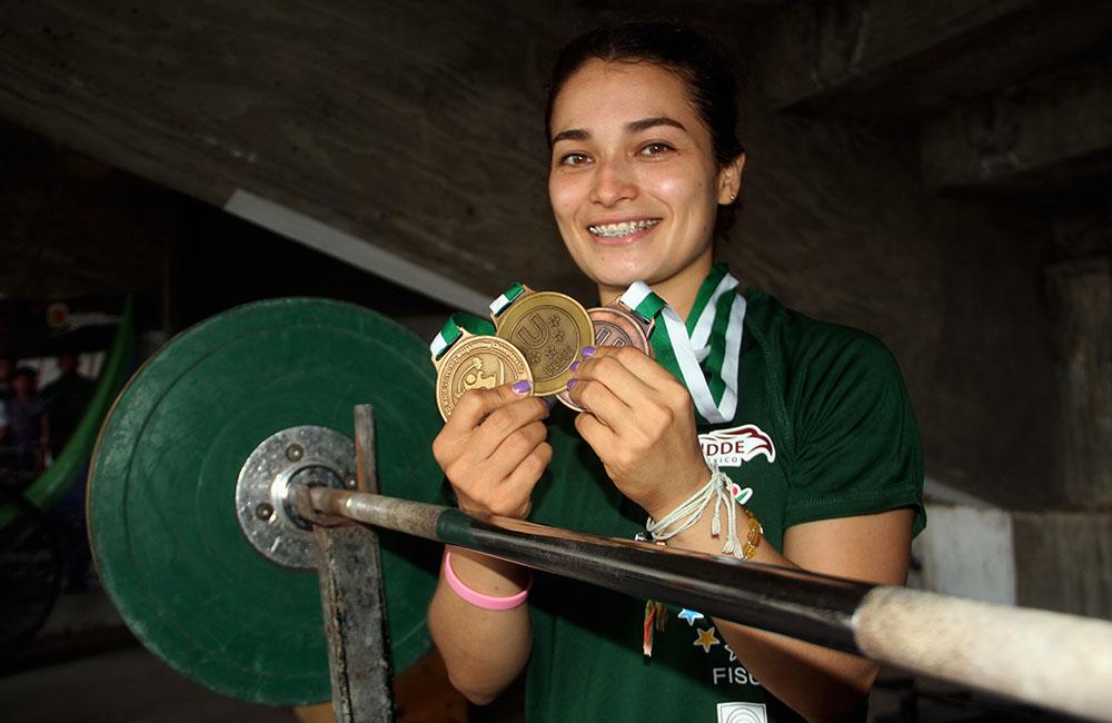 Susana Fuentes Zavala campeona mundial universitaria de halterofilia